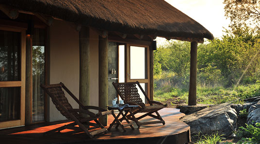 Madikwe Game Reserve - Buffalo Ridge Lodge - Thatched Chalet Deck
