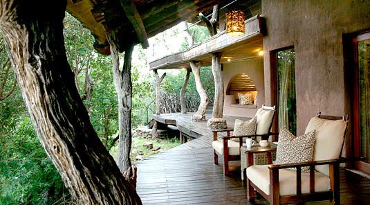 Impodimo Game Lodge - Madikwe Game Reserve - Wooden Deck