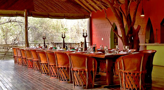 Jaci's Tree Lodge - Madikwe Game Reserve - Dining Room Table