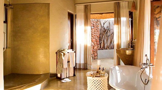 Little Madikwe Hills - Madikwe Game Reserve - Luxury Suite Bathroom