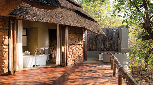 Little Madikwe Hills - Madikwe Game Reserve - Luxury Bathroom View