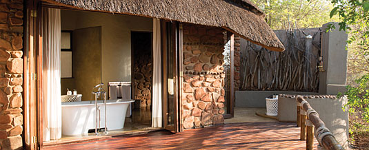 Madikwe Hills Private Game Lodge - Madikwe Game Reserve - Luxurious suites with bathrooms