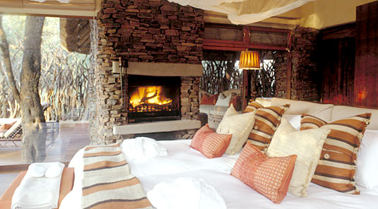 Makanyane Safari Lodge - Madikwe Game Reserve - Luxurious Suites